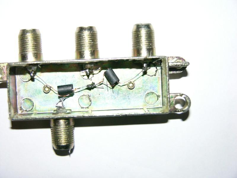 Схема антенного усилителя 136